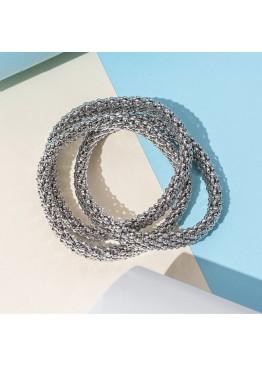 Набор из трех эластичных браслетов связанных между собой