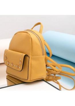 Компактный маленький рюкзачок, декорирован отделкой с камнями и цветами из эко-кожи