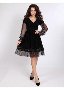 Платье коктейльное с гипюровами манжетами и декорацией юбки