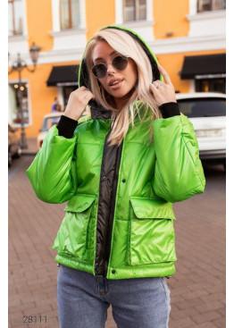 Дутая куртка с капюшоном и накладными карманами, зеленый