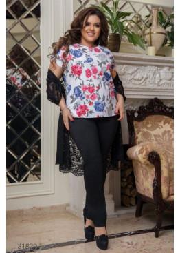 Костюм из блузы с цветочным принтом, накидки и брюк, черный