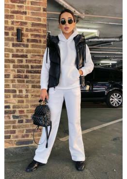 Трикотажный костюм из худи и брюк-палаццо, белый