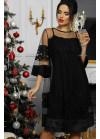 Черное платье прямого силуэта с велюровыми вставками