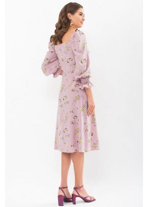 Цветочное платье Пала с открытыми плечами, лиловое в цветы и ягоды