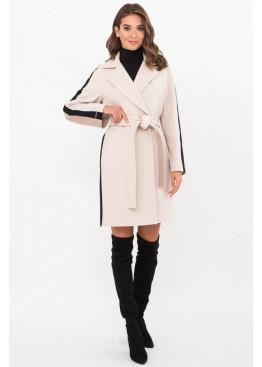 Женское пальто полуприталенного силуэта П-425-90, молоко-св.беж