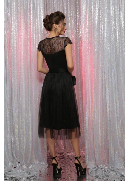 Черное платье с кружевом  и сеткой А-силуэта