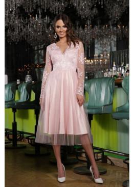 Расклешенное нарядное платье миди пудрового цвета Марита