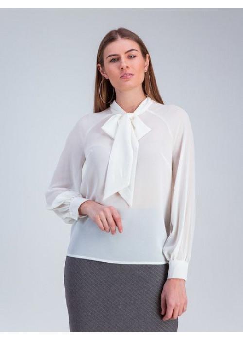 Блуза прямого силуэта из шифона молочного цвета