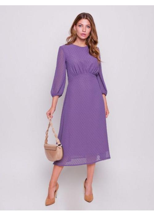 Платье из легкой ткани с набивным принтом, приталенного силуэта