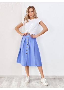 Голубая льняная юбка на пуговицах с присборенная складками и выточками на талии