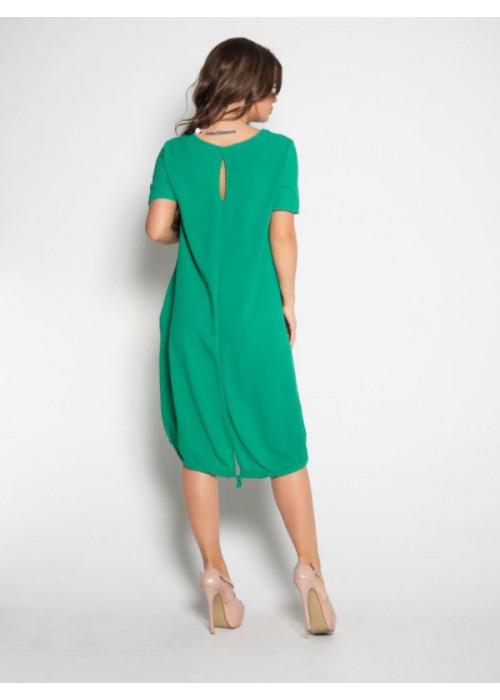 Зеленое свободное платье с короткими рукавами