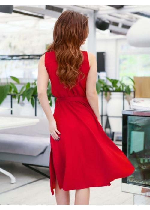 Красное платье миди без рукавов с разрезами