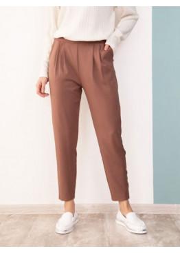 Коричневые присборенные на талии брюки