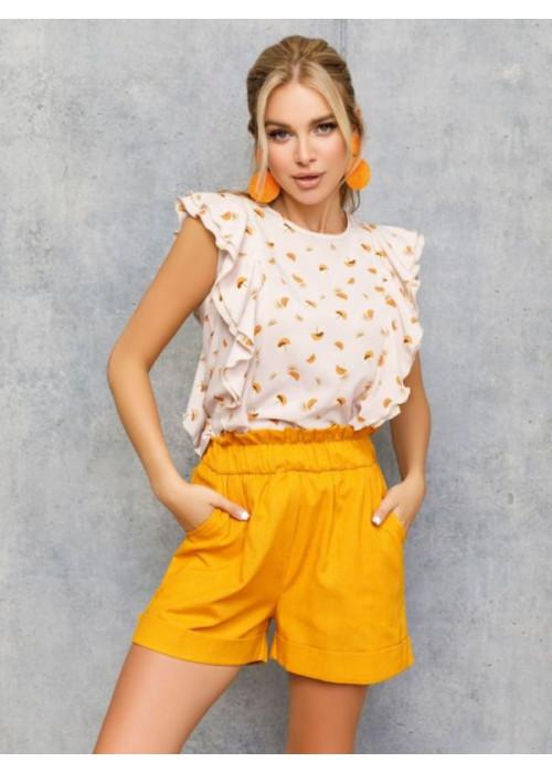 Бежевая блуза на пуговицах декорированная рюшами