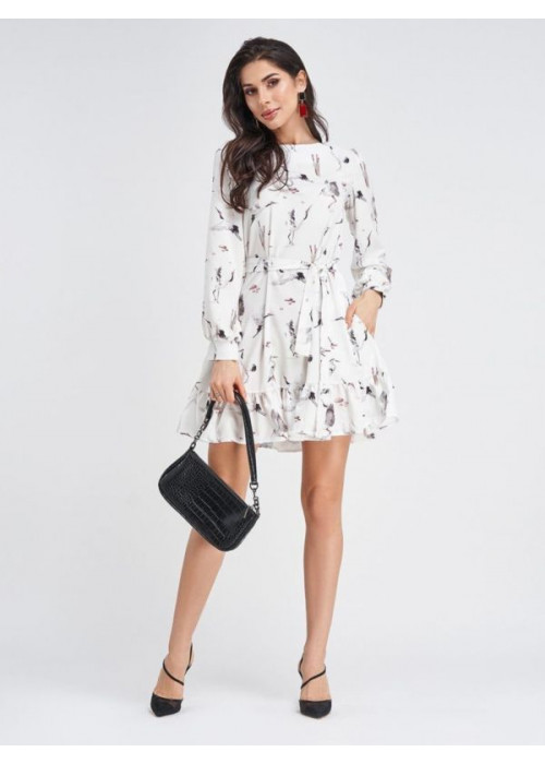 Белое принтованное платье-трапеция с воланом по низу
