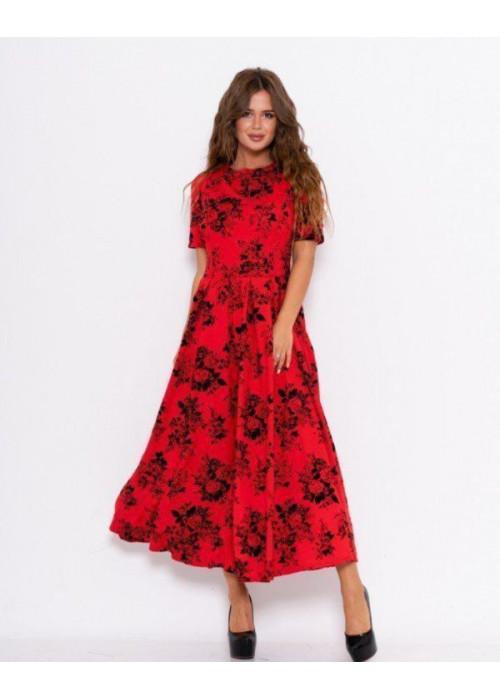 Красное длинное платье с фактурным декором