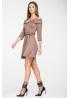 Стильное приталенное платье из трикотажа