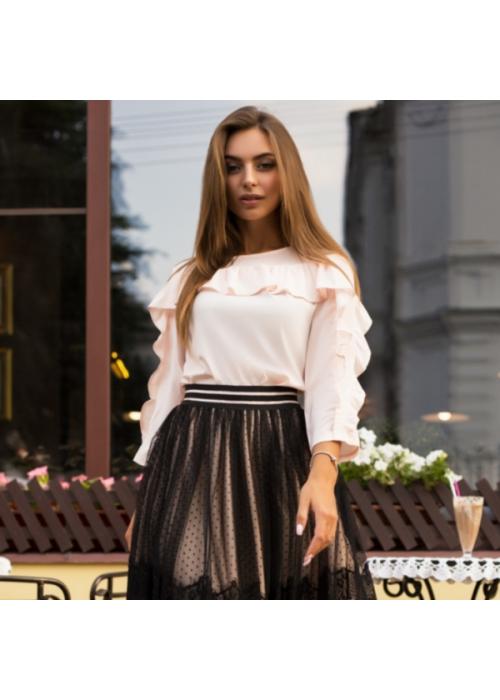 Стильная блуза с воланами из тонкой шелковистой ткани