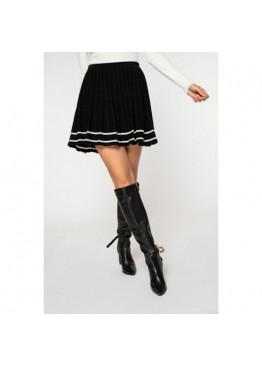 Расклешенная трикотажная юбка черного цвета