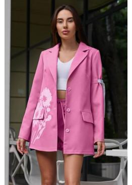 Свободный стильный костюм-двойка Вива: шорты + удлинённый пиджак с оригинальным цветочным принтом, фуксия