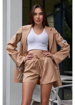 Свободный стильный костюм-двойка Вива: шорты + удлинённый пиджак с оригинальным цветочным принтом, бежевый
