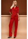 Роскошный красный комбинезон, выполнен в стиле брючного костюма