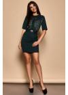 Изумрудное платье футляр со вставками из гипюра на груди