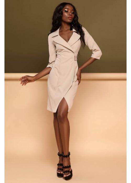 Красивое, стильное, бежевое платье с необычной геометрией кроя