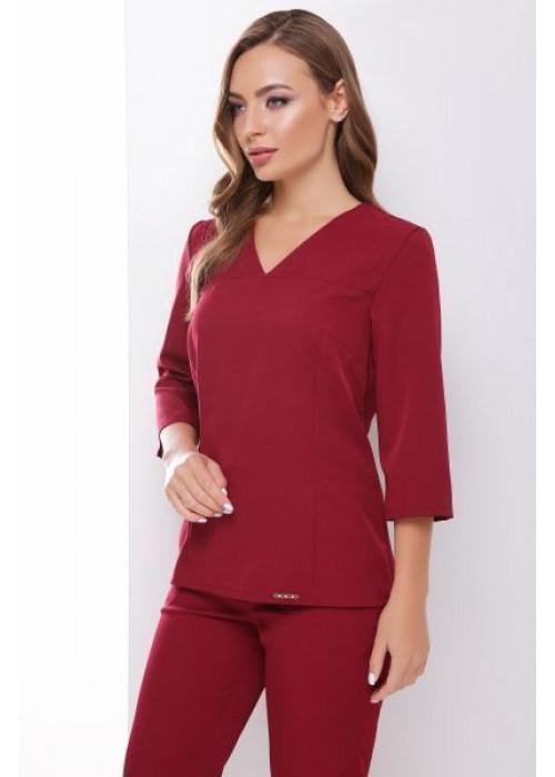 Стильная блуза приталенного силуэта