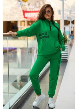 Лаконичный костюм из трехнитки, зеленый