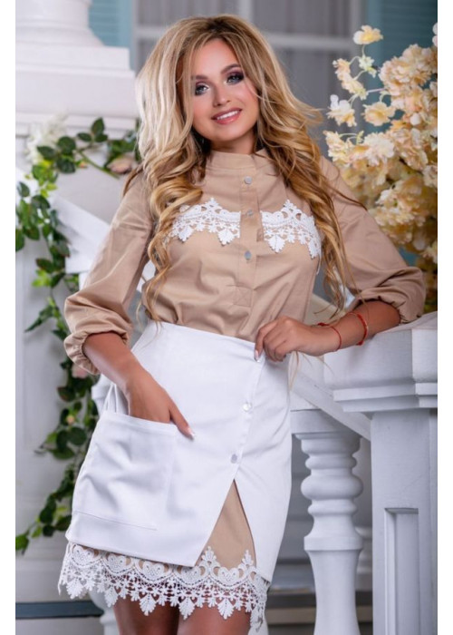 Оригинальная модель белой юбки из стрейч-коттона