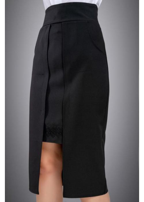 Удивительно красивая и оригинальная модель черной юбки