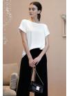 Элегантная и стильная белая блуза прямого фасона