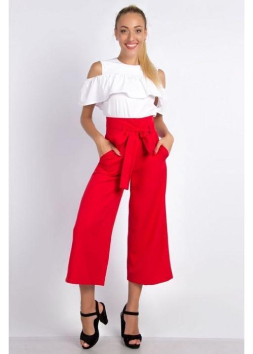 Стильные красные брюки-кюлоты с высокой посадкой по талии