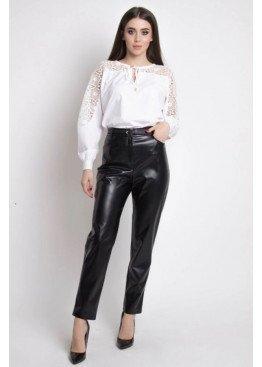 Прямые брюки с высокой посадкой по талии из экокожи